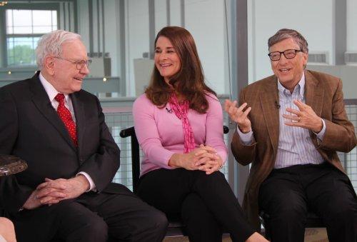Warren Buffett gives away another $4.1 billion, resigns as trustee at Gates Foundation