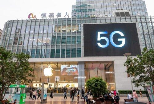 Jim Cramer says 5G is gaining momentum, reveals favorite related stocks