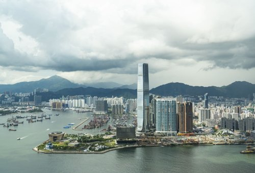 Hong Kong's zero-Covid policy is undermining its financial hub status, industry group says