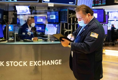 Stock futures rise after Dow closes above 34,000 for the first time