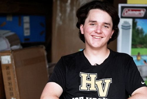 This 16-year-old's company brings in millions buying from Walmart and selling on Amazon