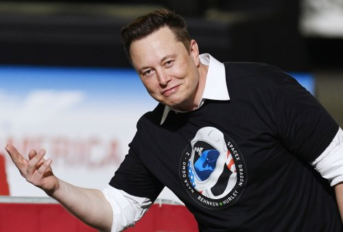 SpaceX accepts Dogecoin as payment to launch 'DOGE-1 mission to the Moon' next year
