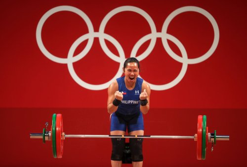 Here's how much Olympic athletes earn for winning medals