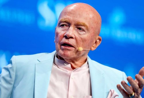 'Confusion and disorientation' driving 'crazy' moves in the market, Mark Mobius says
