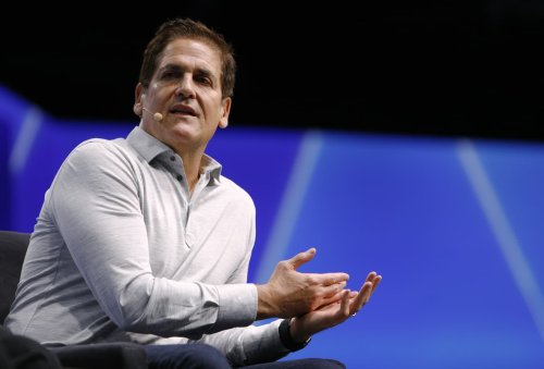 Billionaire investor Mark Cuban: This is how I determine whether to hold or sell a stock