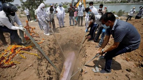 India 'undercounted' COVID-19 deaths by 4.3 lakhs, says study