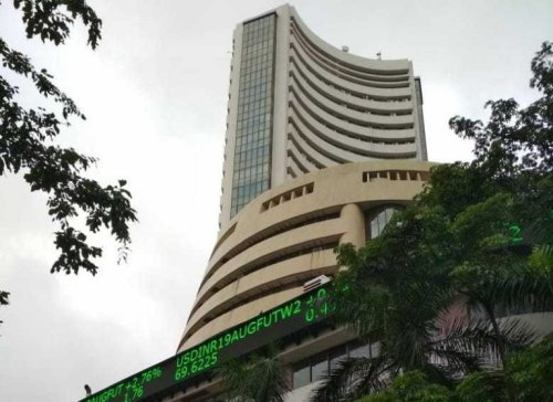 Stock Market Live Updates: SGX Nifty indicates a negative start for Indian indices; UPL, Hindalco in focus