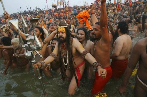U'khand govt may call off kumbh if seers propose, niranjani and anand akharas back out amid surge in covid cases