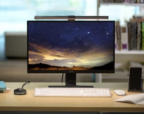 벤큐, 모니터용 LED스탠드 '스크린바 플러스 아이케어 e리딩 램프' 출시