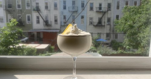 Whipped lemonade is this summer's hottest frozen drink. Here's how to make it