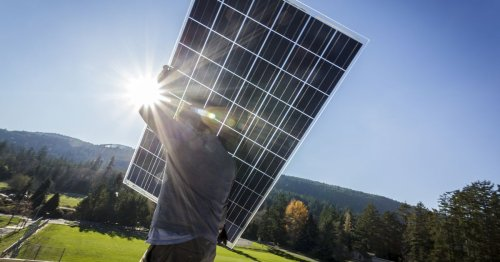 Answering your burning question: How long do solar panels actually last?