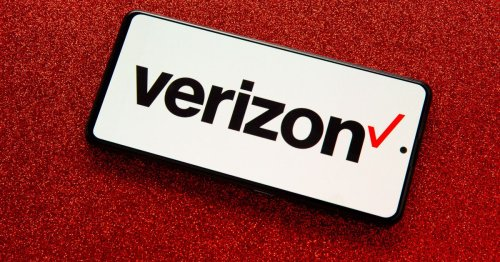 Verizon's newest promotion gives 10% off some accessories if you're vaccinated