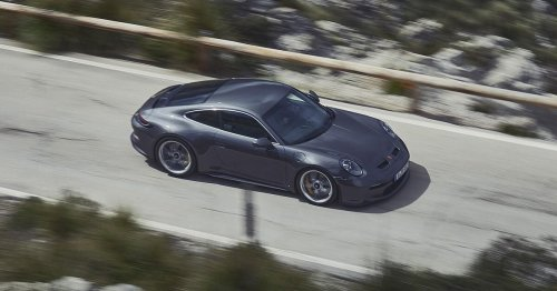 2022 Porsche 911 GT3 Touring is definitely the one to get