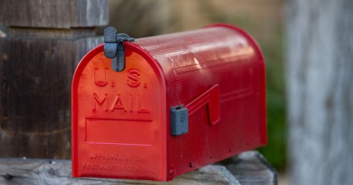 If you moved recently, here's why you should tell the IRS, not just USPS