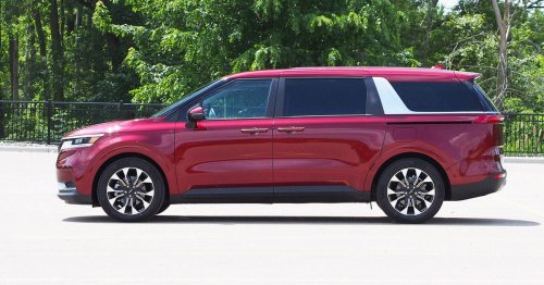 2022 Kia Carnival review: A party on wheels