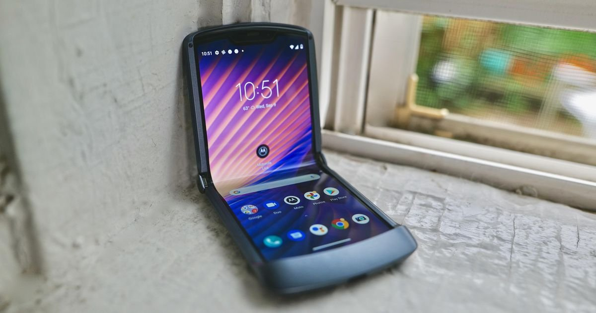 Razr returns: Motorola re-re-releases the iconic foldable phone for $1,400 this time