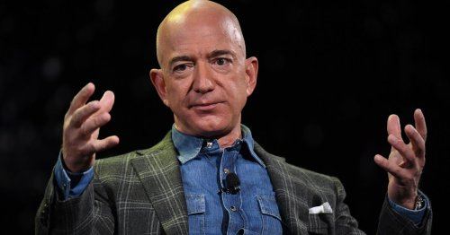 Jeff Bezos congratulates Elon Musk and SpaceX on Inspiration4 launch