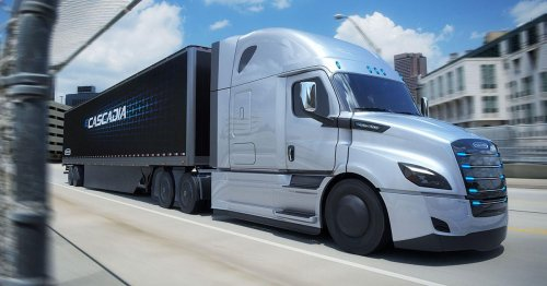 Daimler Trucks opens preorders on its eCascadia and eM2 electric trucks