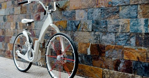 Folding electric bicycle packs in everything a cyclist could need