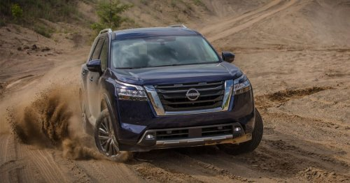 2022 Nissan Pathfinder already recalled for loose hood latches