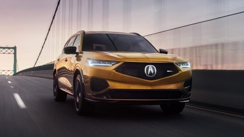 The 2022 Acura MDX Type S looks like the bee's knees in yellow