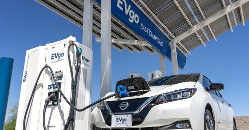 Gas-powered cars face 2030 ban in new Washington state legislation