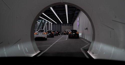 Elon Musk's Boring Loop is finally transporting passengers in Las Vegas