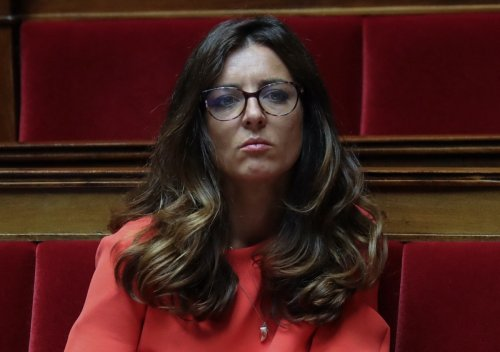 Paris : la députée Coralie Dubost agressée et dépouillée avec son compagnon