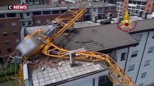 Italie : une grue s'effondre sur un immeuble (vidéo)