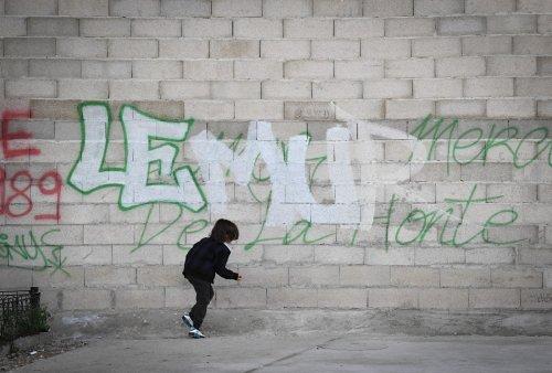 Crack à Paris : 3 riverains face au juge pour avoir tagué «le mur de la honte»