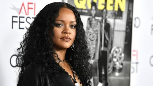 Rihanna est officiellement milliardaire, annonce Forbes