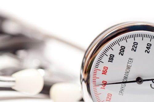 Hypertension : 5 signes qui doivent vous alerter