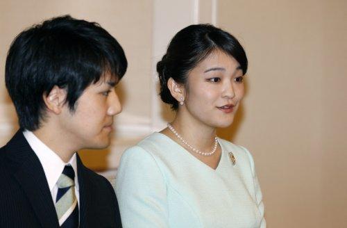 Japon : pourquoi le mariage de la princesse Mako fait-il polémique ?