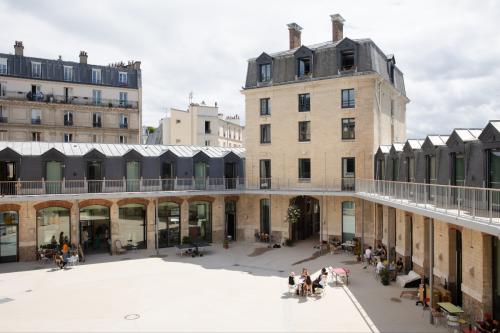 Paris : La Caserne, un nouveau lieu dédié à la mode écoresponsable