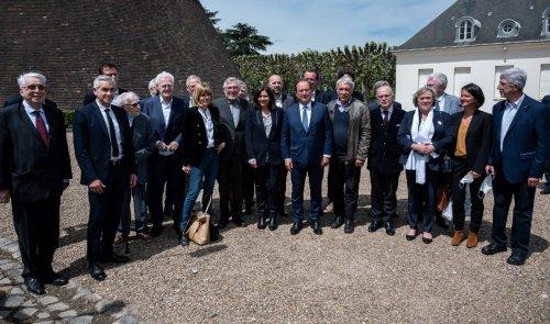 Anniversaire des 40 ans de l'élection de François Mitterrand : des socialistes en ordre dispersé