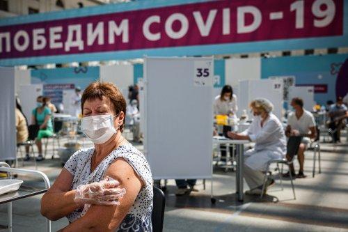 🔴 DIRECT - Coronavirus : la Russie bat encore son record de décès quotidiens