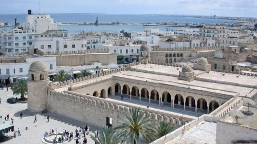 Vacances en Tunisie : test, quarantaine… Tout ce qu'il faut savoir avant de partir