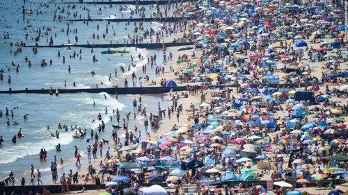 UK destinations take steps to avoid tourist pandemonium