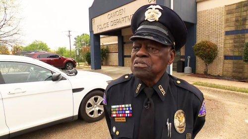 91-year-old police officer still on the job in Arkansas