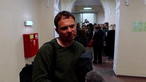 Belarus condemned for 'hijacking' Ryanair plane to detain journalist