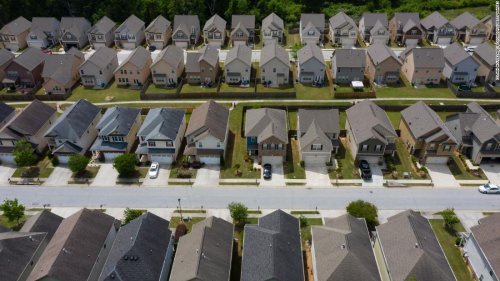 Many homebuyers are dropping out of the market | CNN Business
