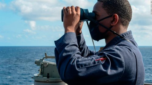US steps up challenges to Chinese-claimed islands in South China Sea