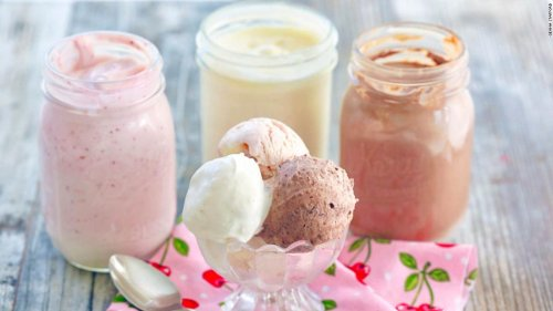 Everything you need to make ice cream in a Mason jar | CNN Underscored