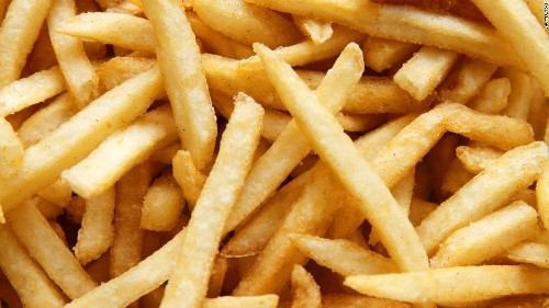 Teenage boy goes blind after existing on Pringles, white bread and french fries