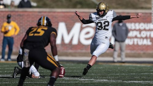 Vanderbilt's Sarah Fuller becomes first woman to play in a Power 5 college football game