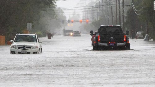 Flooding leads to rescues in Louisiana and Texas, with more rain on the way