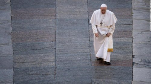 'Francesco' presents a dutiful look at Pope Francis during a time of crises