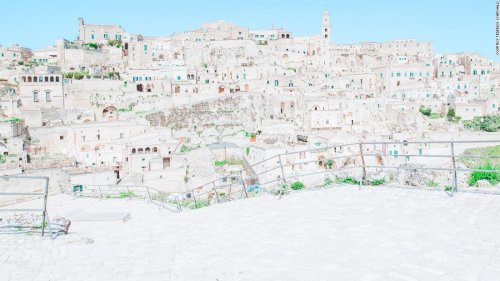 Beautiful photos reveal Matera, the Italian city carved into solid rock