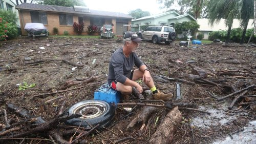40% of Australia's population under severe weather warnings covering area the size of Alaska