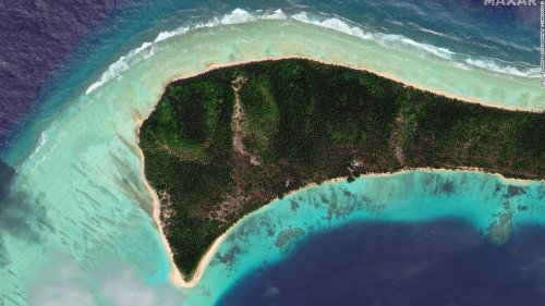 As climate change threatens Pacific Islands, some atolls have been growing. Now scientists have figured out why